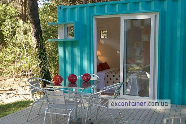 alterra-beach-resort-uses-shipping-containers3